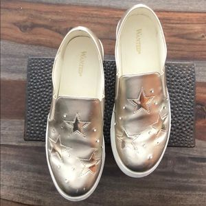 💕Wanted brand-Gold Astroid Slip-on Sneakers (8.5)